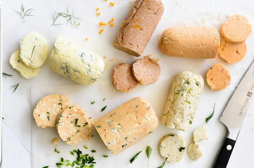 Beurres aromatisés / On mange quoi au printemps ? - Copyright © Le Revers de La Manche